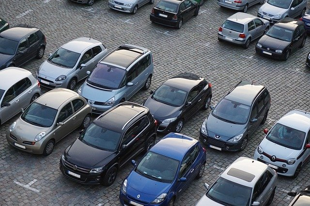 Quelles sont les dimensions idéales d'un carport 3 voitures ?