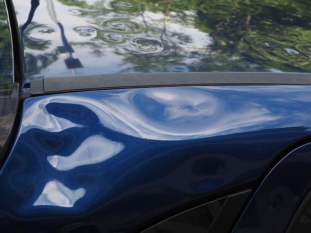 Comment protéger sa voiture des intempéries et dégradations ?