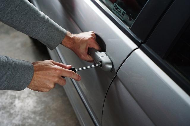 Comment protéger une voiture qui dort dehors ?